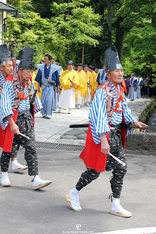 nikko-shunki-reitaisai-matsuri-grand-festival-de-printemps-defile-papy-ninja-danseur