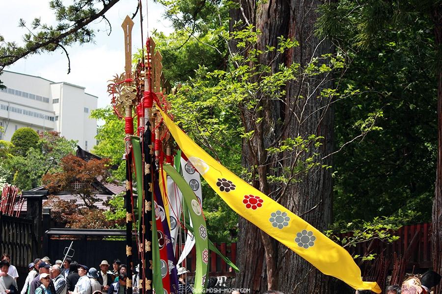 nikko-shunki-reitaisai-matsuri-grand-festival-de-printemps-lances-alignees-vent