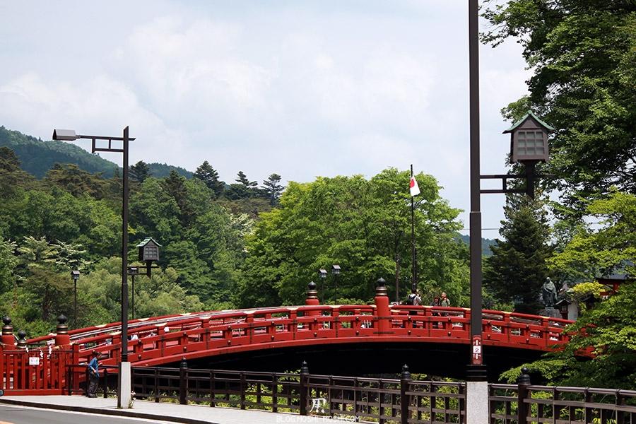 nikko-shunki-reitaisai-matsuri-grand-festival-de-printemps-pont-sacre-shinkyo-entier