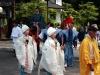 nikko-shunki-reitaisai-matsuri-grand-festival-de-printemps-defile-jeune-religieuses-papy-ecouteur
