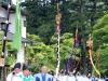 nikko-shunki-reitaisai-matsuri-grand-festival-de-printemps-defile-porteurs-mats-armes