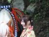 nikko-shunki-reitaisai-matsuri-grand-festival-de-printemps-jeune-fille-yukata-heureuse