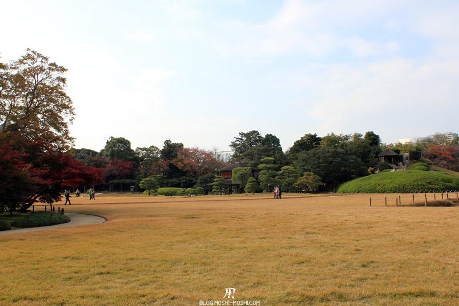 okayama-jardin-koraku-en-saison-momiji-contrastes-couleurs