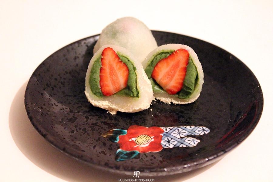 recette-japonaise-ichigo-daifuku-anko-matcha-fini-coupe-deux