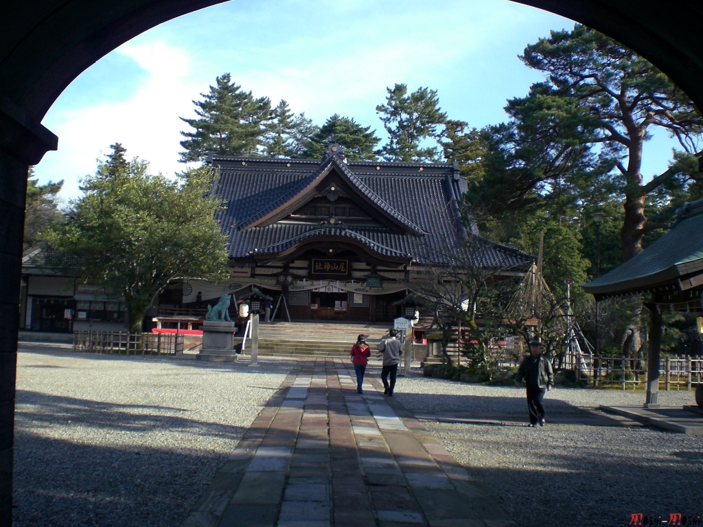 sanctuaire-oyama-Kanazawa-jinja