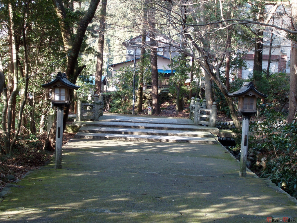 shrine-shirayama-hime-mini-pont