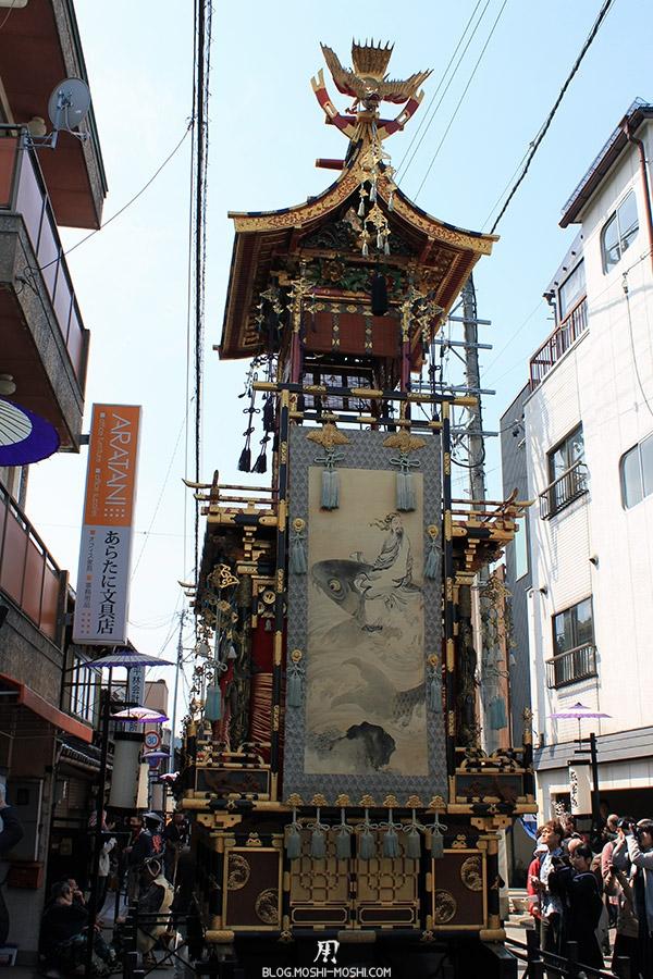 takayama-sanno-matsuri-yatai-dos-fresque-poisson