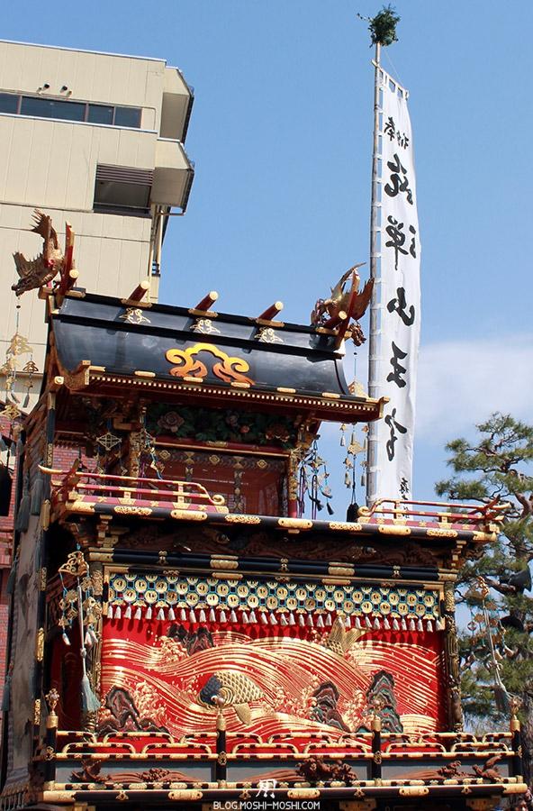takayama-sanno-matsuri-yatai-feu