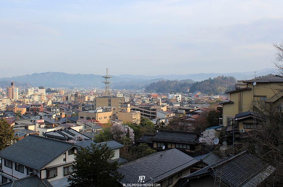 takayama-vieux-quartier-tot-le-matin-ville-vue-hauteur
