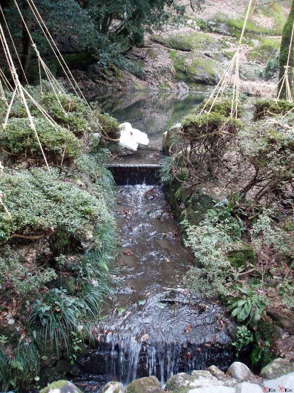 temple-natadera-Komatsu-cascade
