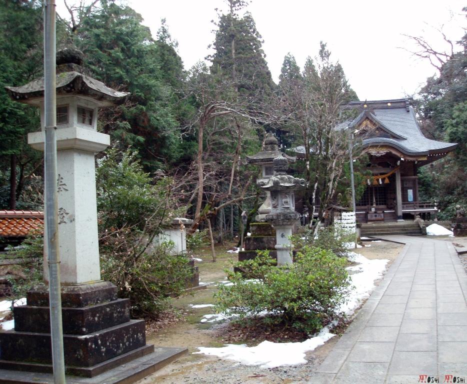 temple-natadera-Komatsu-priere-bout-chemin