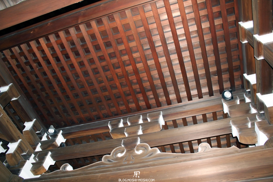 meiji-jingu-Tokyo-toiture-bois