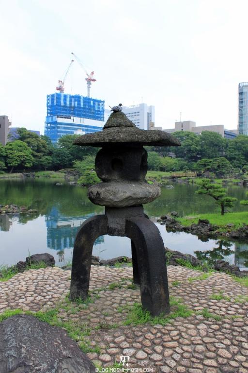 parc-kyu-shiba-rikyu-Tokyo-lanterne-gros-plan