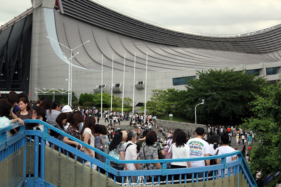 sur-la-route-parc-Meiji-Jingu-Tokyo-gymnase-yoyogi-concert-foule-2