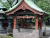 parc-ueno-Tokyo-sanctuaire-toshogu-chozuya-purifier