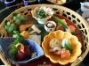 quartier-shinjuku-Tokyo-building-dernier-etage-plateau-repas-gros-plan