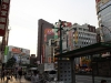 quartier-shinjuku-Tokyo-rue-arret-bus
