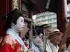 tokyo-sanja-matsuri-asakusa-senso-ji-hondo-geisha-gros-plan