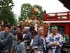 tokyo-sanja-matsuri-asakusa-senso-ji-hondo-mikoshi-pause-fierte