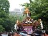 tokyo-sanja-matsuri-asakusa-senso-ji-mikoshi-gros-plan-foule