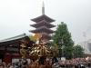 tokyo-sanja-matsuri-asakusa-senso-ji-mikoshi-pagode