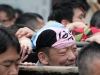 tokyo-sanja-matsuri-asakusa-senso-ji-mikoshi-porteurs-portrait-bandana-souffrance
