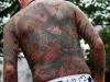 tokyo-sanja-matsuri-asakusa-senso-ji-yakuza-tatouages-japonais-dos-gros-plan