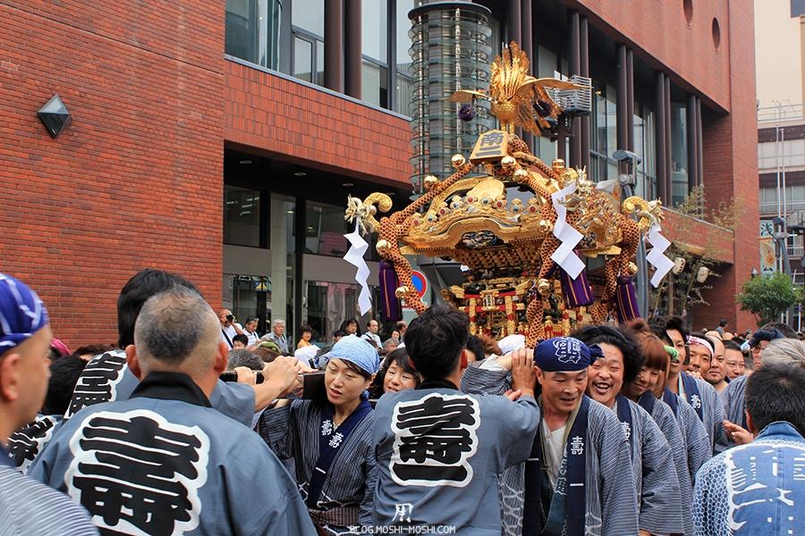 tokyo-sanja-matsuri-asakusa-senso-ji-quartier-hotel-equipe-de-la-bonne-humeur