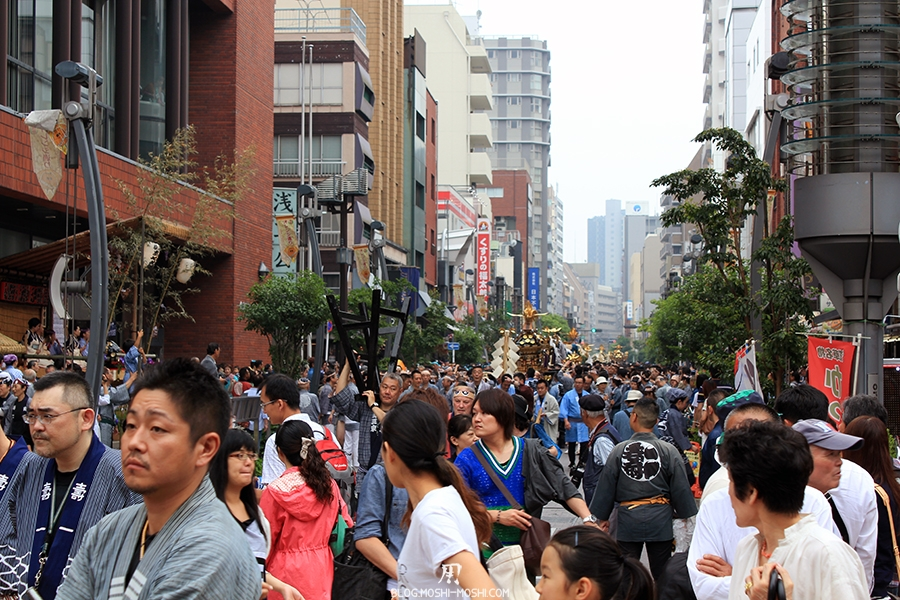 tokyo-sanja-matsuri-asakusa-senso-ji-quartier-hotel-foule