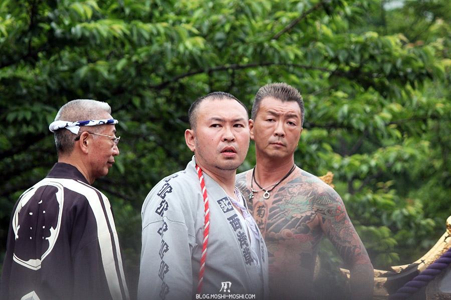 tokyo-sanja-matsuri-asakusa-senso-ji-yakuza-tatouages-contrat-sur-ma-tete