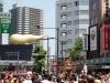 tokyo-sanja-matsuri-quartier-rues-asakusa-crotte-doree