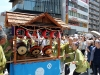 tokyo-sanja-matsuri-quartier-rues-asakusa-manoeuvres-stand-taiko-mobile