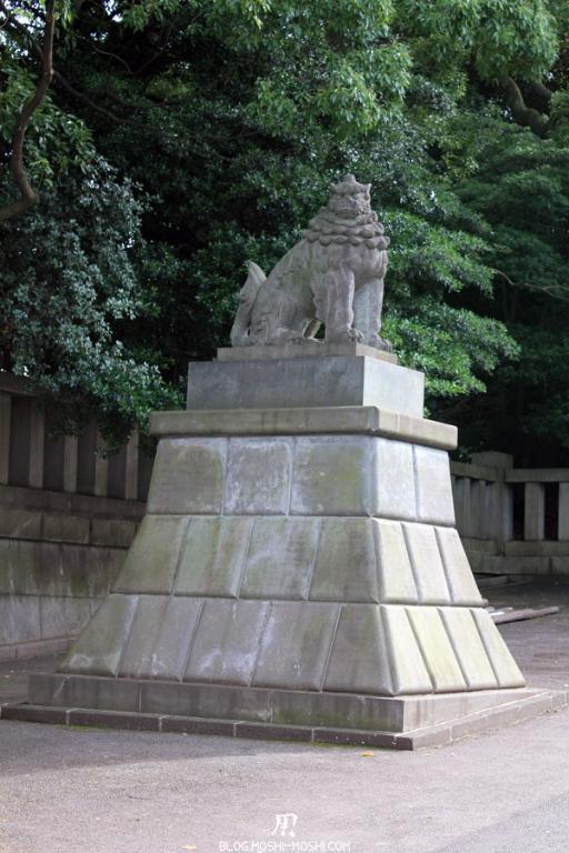 yasukuni-jinja-Tokyo-gardien-entree