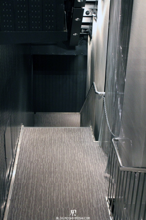 tour-de-tokyo-vue-du-haut-descente-1er-etage