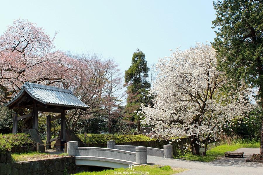 Visitez Kanazawa journee-kanazawa-chateau-pont-pierre-cerisier