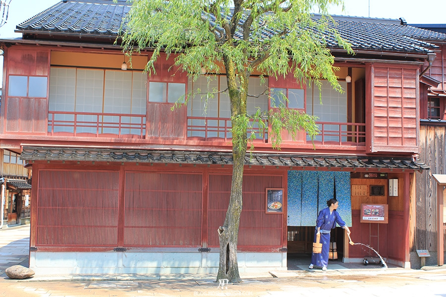 Visitez Kanazawa journee-kanazawa-maison-traditionnelle