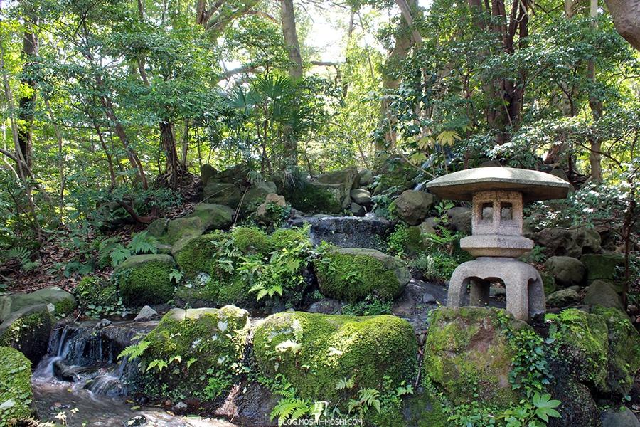 journee-kanazawa-oyama-jinja-petit-ruisseau-chute-eau