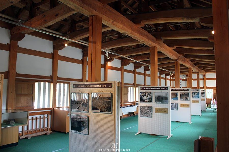 chateau-yamagata-parc-kajo-interieur-donjon-exposition-photo