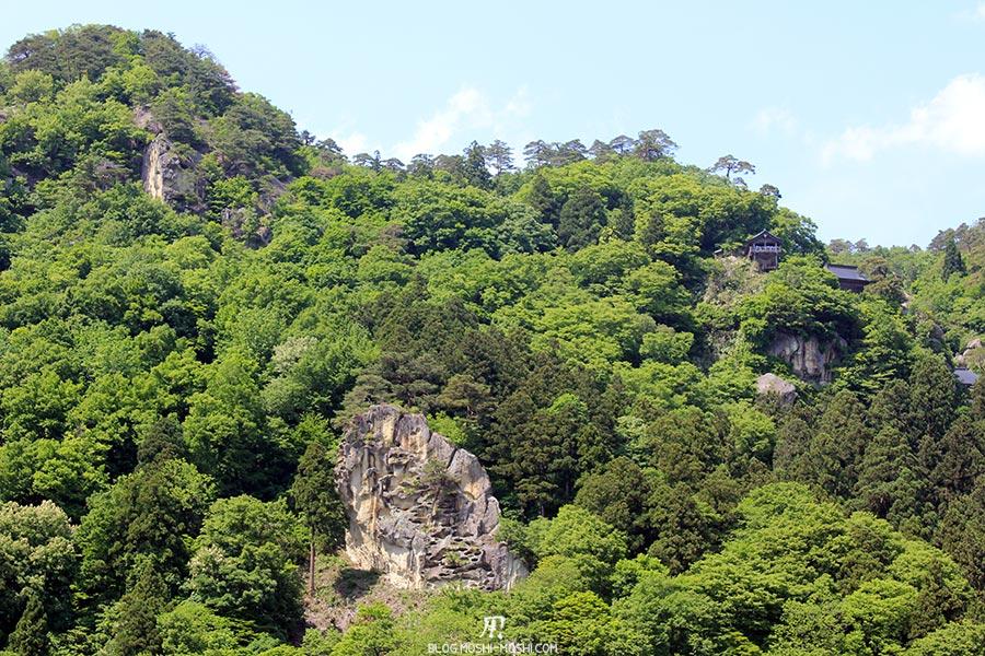 sendai-yamagata-temple-yamadera-risshaku-ji-byebye-vue-depuis-quai-gare