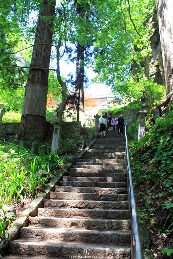 sendai-yamagata-temple-yamadera-risshaku-ji-dernier-effort