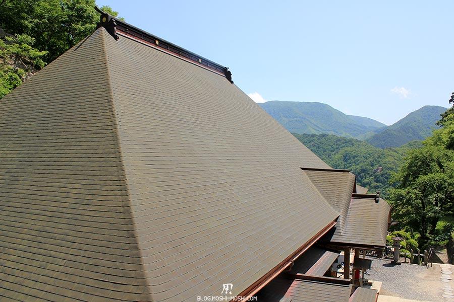sendai-yamagata-temple-yamadera-risshaku-ji-immense-toit-tranversal