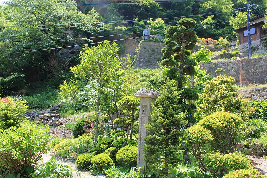 sendai-yamagata-temple-yamadera-risshaku-ji-petit-jardin