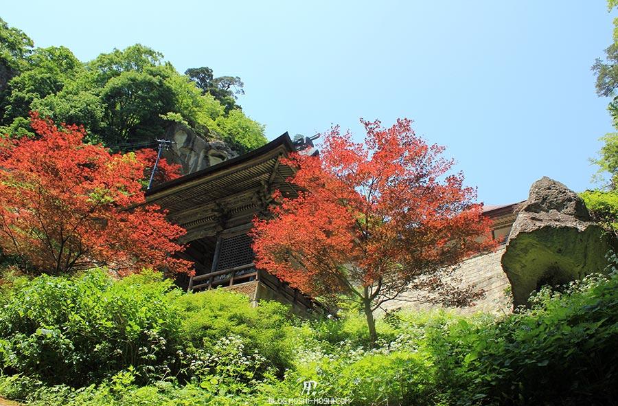 sendai-yamagata-temple-yamadera-risshaku-ji-vue-plongeante