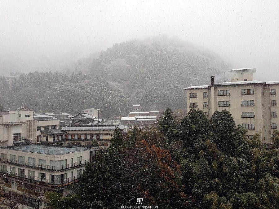 Yamanaka Onsen saison-momiji-vue-chambre-neige