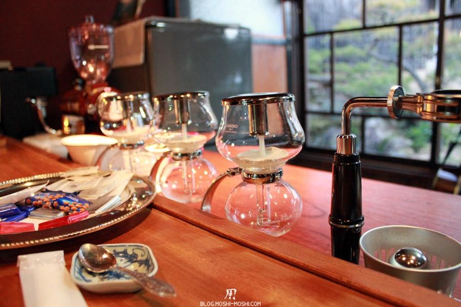 yamaguchi-yuno-cafe-famille-edo-infuser-cafe-sciences